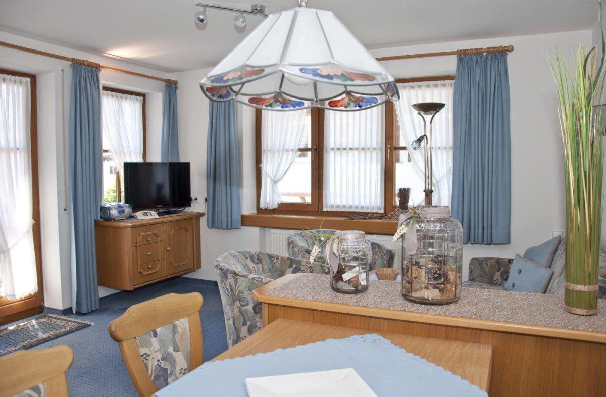 Wohnbereich Ferienwohnung Steinbock | Landhaus Barbara