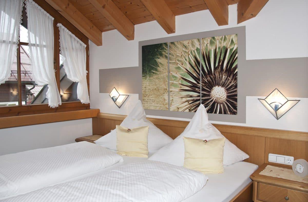 Schlafzimmer Ferienwohnung Schumpen | Landhaus Barbara
