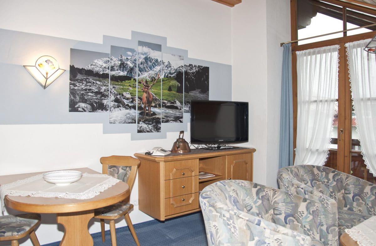 Wohnbereich Ferienwohnung Hirsch | Landhaus Barbara