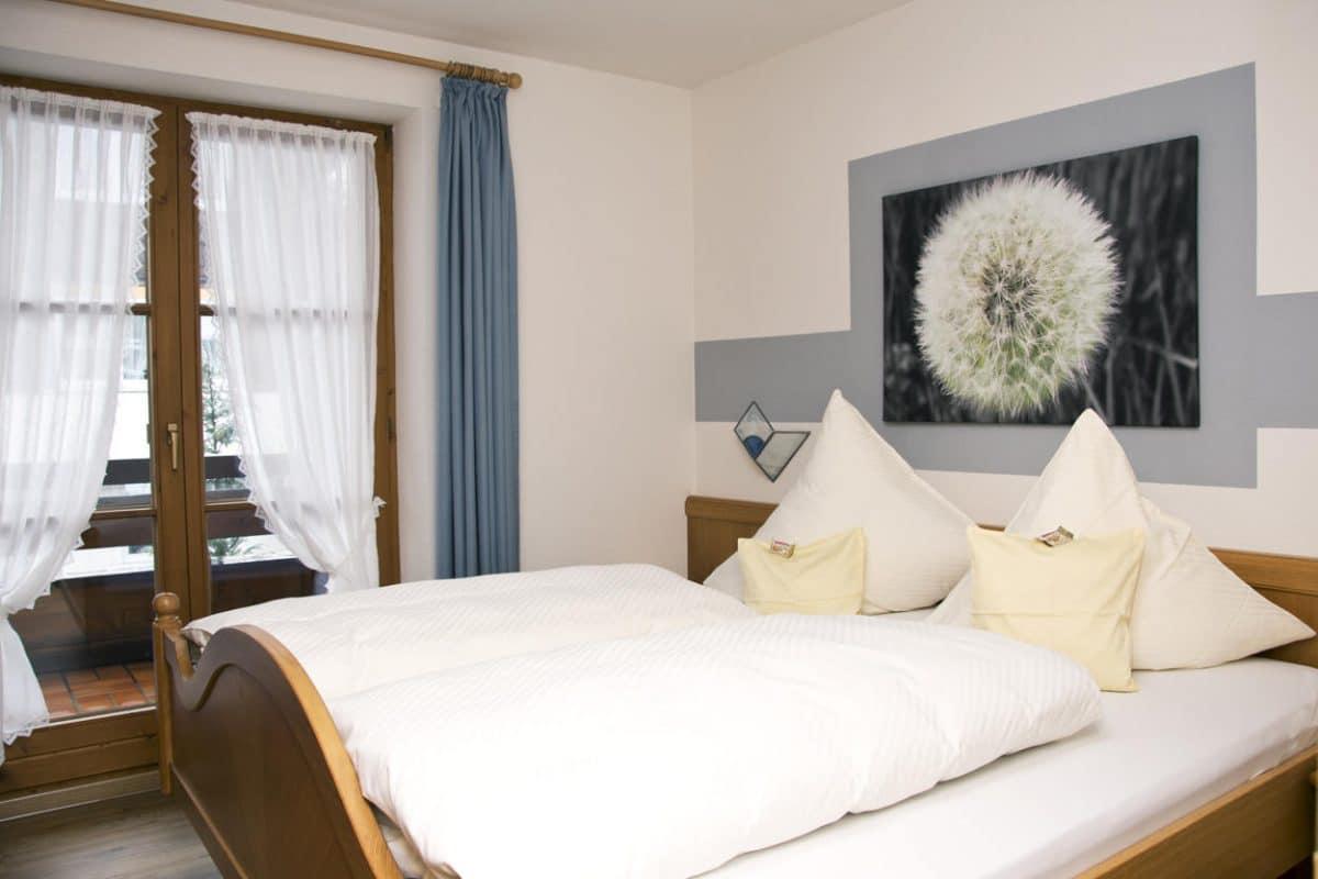 Schlafzimmer Ferienwohnung Fuchsbau | Landhaus Barbara